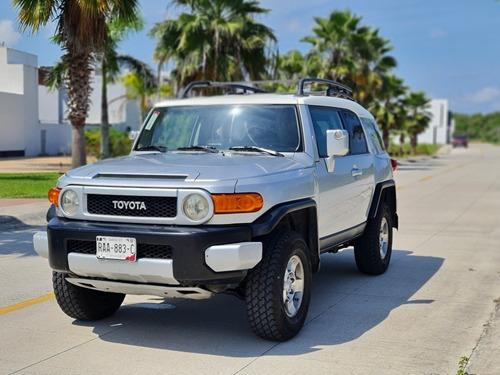 Imagen 1 de 11 de Toyota Fj Cruiser 2008 3p Premium Aa Ee Ra Abs 4x4 At