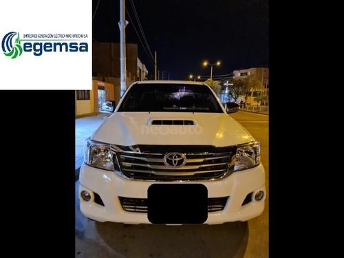 Toyota Hilux 2013 Srv