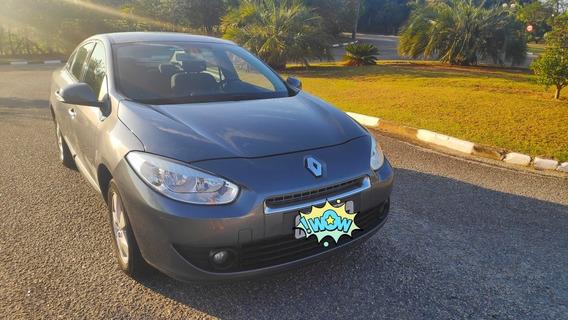 Renault Fluence 2.0 Dynamique Hi-flex 4p 2013
