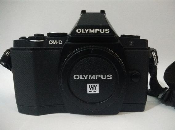 Olympus Om-d ( E-m5 )