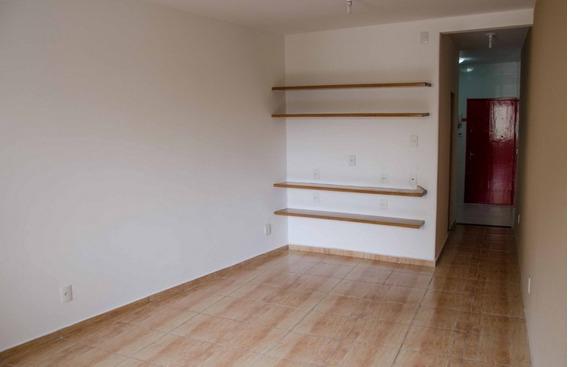 Excelente Apartamento Tipo Studio Totalmente Reformado