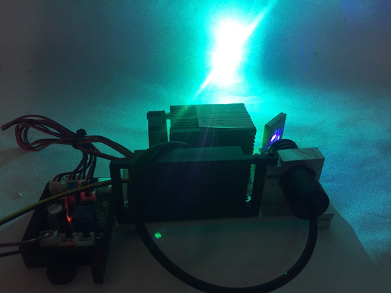 Base Com Diodo Laser Verde 80mw + Diodo Violeta 150mw = Cyan