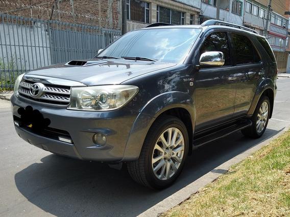 Toyota Fortuner Full Equipo