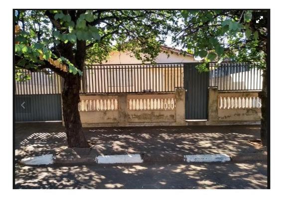 Casa Com 3 Dormitórios, 2 Banheiros, 3 Garagens, Quintal