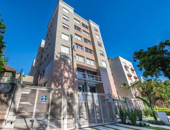 Apartamento Em Petrópolis Com 2 Dormitórios - Rg1720