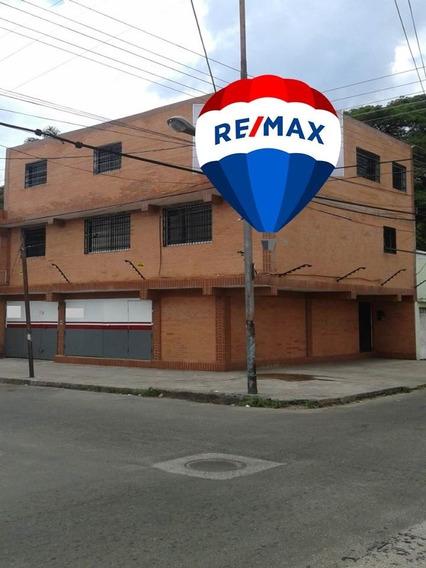 Edificio Comercial De 3 Niveles