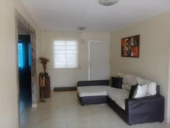 Casa En Venta Araure Centro 20-6405 Mz