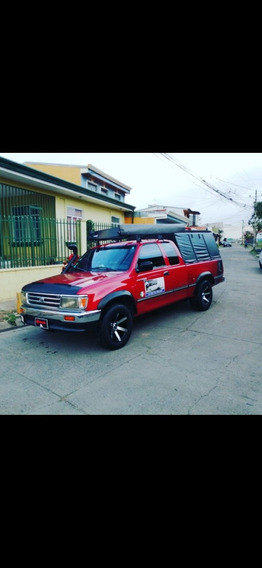 Toyota T100 América