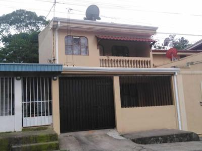 Se Alquila Casa De Dos Plantas 250 Mil