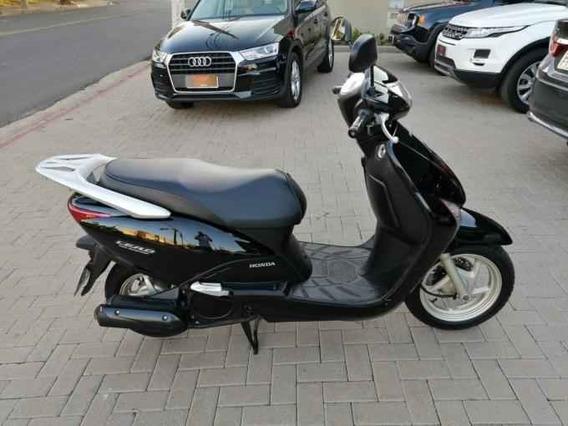 Honda Lead 110 Scooter - 2011
