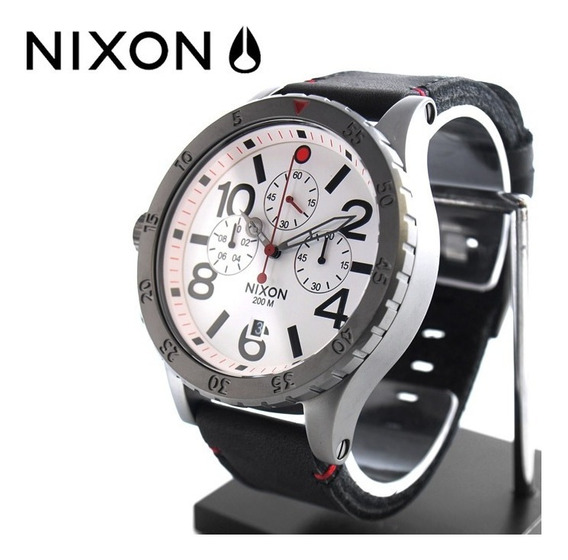 Relógio Nixon 48-20 Chronograph White Dial Black Leather