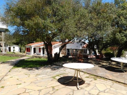 Hostería En Lavalleja, Villa Serrana- Ref: 26167