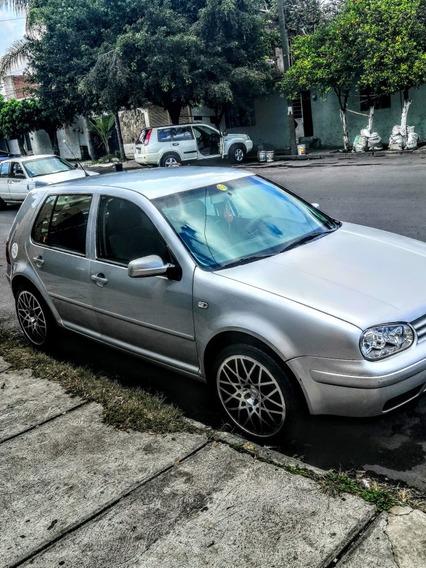 Volkswagen Golf 20003