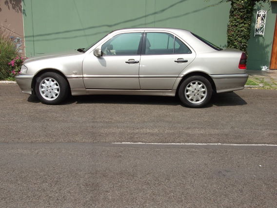 Mercedes Benz C-230 Classic, Color Beige, Asientos Beige
