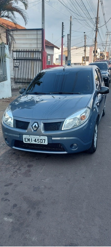 Imagem 1 de 6 de Renault Sandero 2010 1.6 16v Privilège Hi-flex 5p