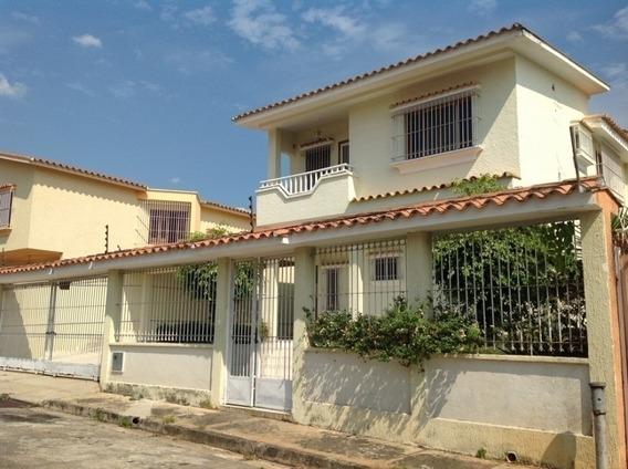 Casa-quinta En Venta En Urbanización Prebo Ii, En Calle Cer