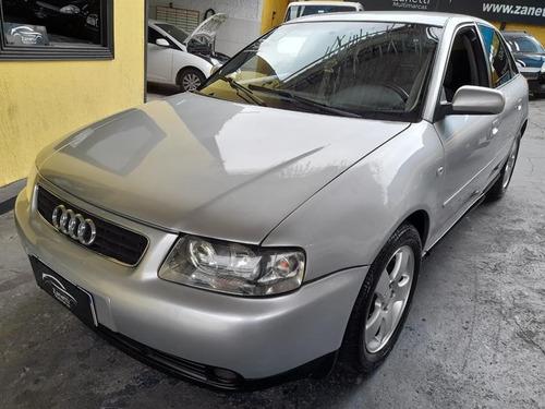 Audi A3  1.8 20v Gasolina Manual