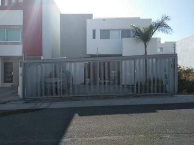 Casa Equipada En Venta El Refugio Queretaro 250 M2 Construcc