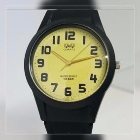 Relógio Feminino Masculino Borracha Fundo Amarelo Números Qq