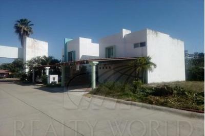 Casas En Venta En Azul Marino, Manzanillo