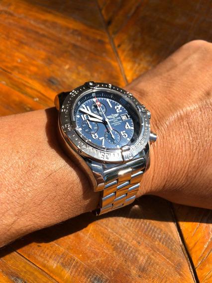 Relógio Breitling Avenger Skyland 44mm