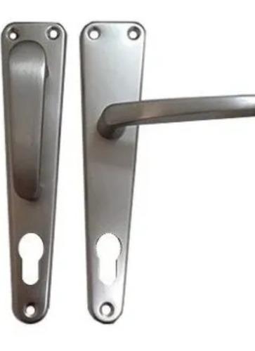 Imagen 1 de 1 de Manilla De Aluminio Móvil-fija Triangular Puertas