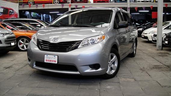 Toyota Sienna Ce 2013