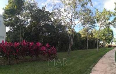 Venta De Terreno Junto A Jardín Posterior En Aqua Residencial Cancun