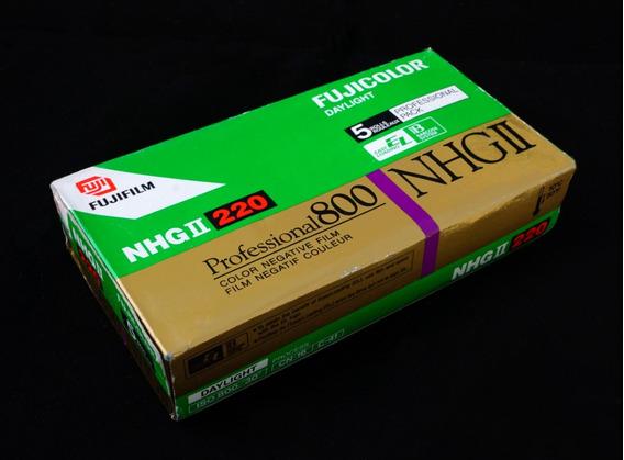 3 Filmes Fujicolor Nhg-ll, Asa800, Formato 220 - Venc. 2003