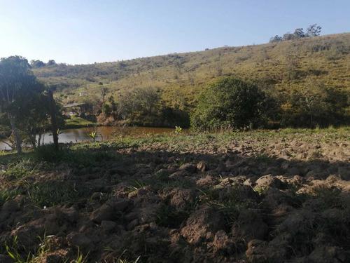 Imagem 1 de 14 de D18- Próximo À Guararema E Santa Isabel E Jacareí.