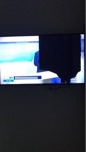 Imagem 1 de 3 de Smart Tv Sony Kdl-43w665f ( Tela Quebrada)