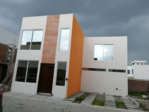 Casa En Pre-venta Muy Cerca De Uvm, 8 Min Udlap