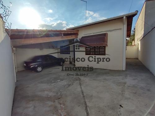 Imagem 1 de 7 de Casa Térrea À Venda Em Guaratinguetá/sp - Cs482