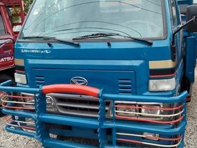 Camion Daihatsu Largo 98 Cara Estrecha En Un Buen Precio