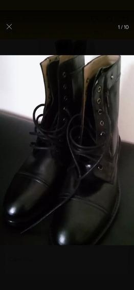 Borcego Negro Zara