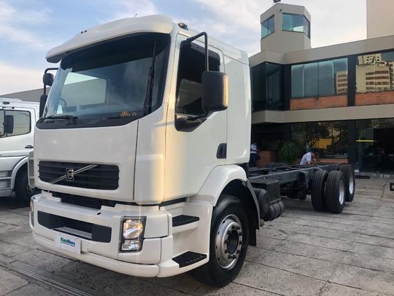 Volvo Vm 260 Leito Ano 2008 Truck 6x2 Chassis Financia 100%