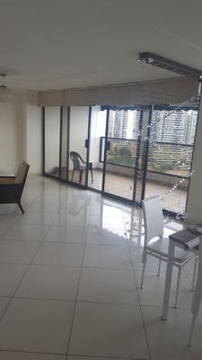 Amplio Apartamento Amoblado En Alquiler Marbella, Vista Al M