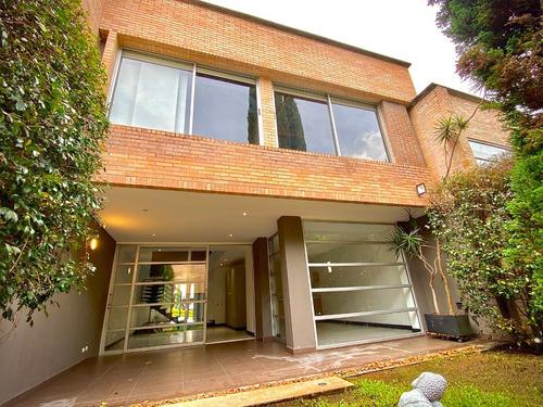 Imagen 1 de 14 de Casa Moderna Loma Del Atravesado (la Intermedia)