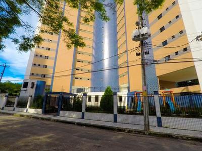 Apartamento Em Engenheiro Luciano Cavalcante, Fortaleza/ce De 125m² 3 Quartos Para Locação R$ 1.200,00/mes - Ap195240