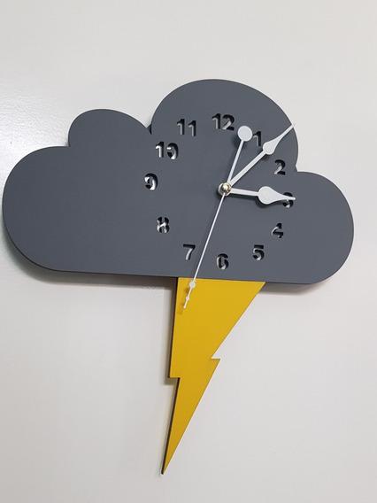 Reloj De Pared Niños Bebés Decoracion Forma De Nube Rayo
