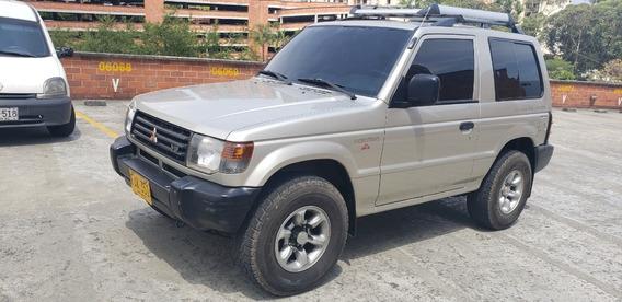 Mitsubishi Montero Full 2003