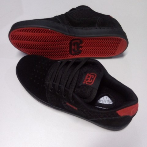 Tenis Hocks La Calle Black Reds