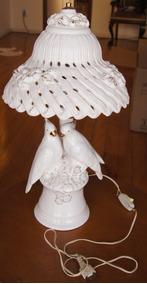 Abajur Em Porcelana Par De Pombo Branco 55 Cm