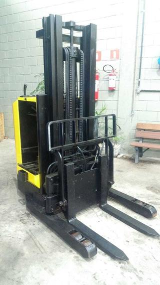 Empilhadeira Elétrica Yale Cap. 1.500 Kg