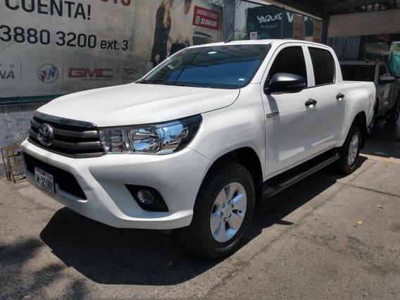 Toyota Hilux 4p Doble Cabina Sr L4/2.7 Man