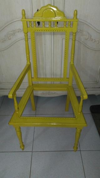 Antiga Cadeira Poltrona Colonial Amarela Pronta Para Estofar