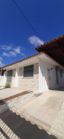 Casa En Alquiler En La Fundacion -r1