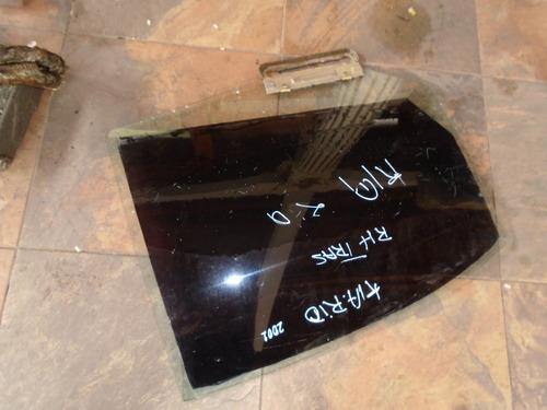 Vendo Vidrio Trasero Derecho  De Kia Rio,  Año 2001, Sedan