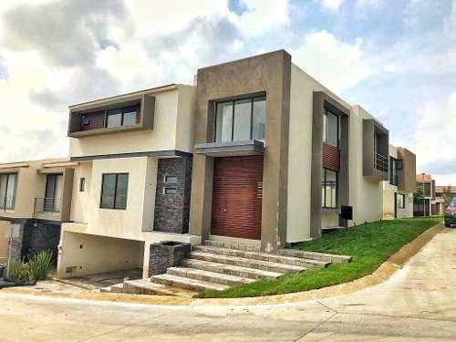 Casa Nueva En Venta En Lomas Del Molino Ii