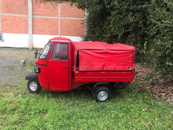 Motocarro Piaggio Diesel Color Rojo